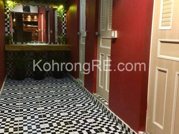 guesthouse for sale on Koh Rong Samloem (2)
